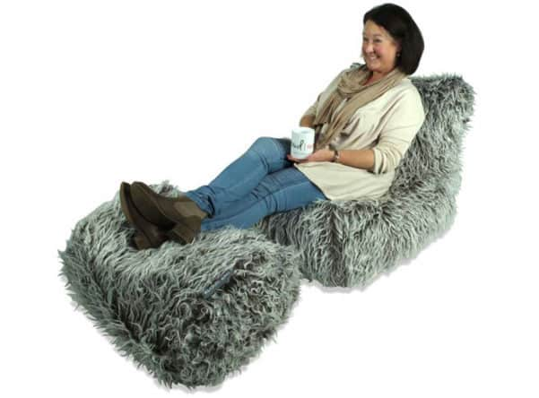 Fur chaise in brown
